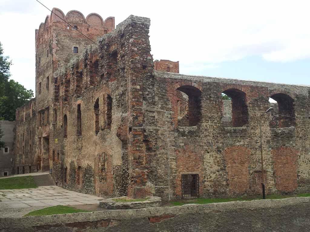 Zamek od strony miasta
