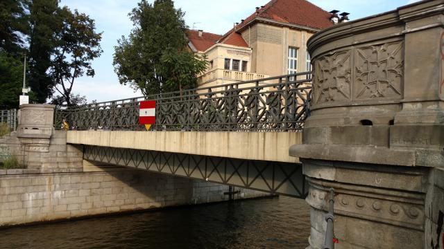 Most w. Macieja